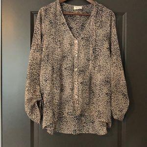 Pins and Needles Women's Shirt Cheetah Size L